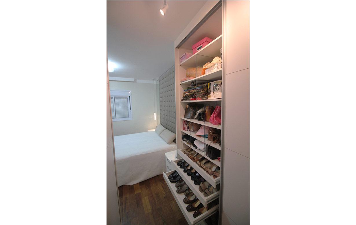 adelita-closet02