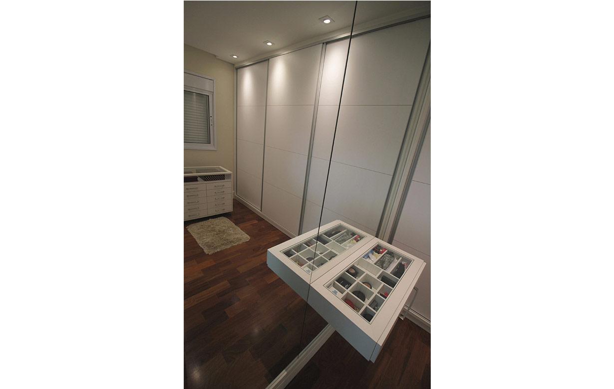 adelita-closet03
