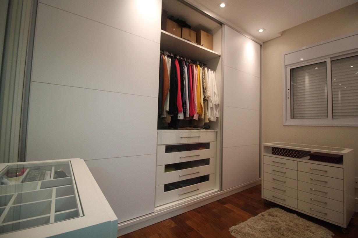 adelita-closet04